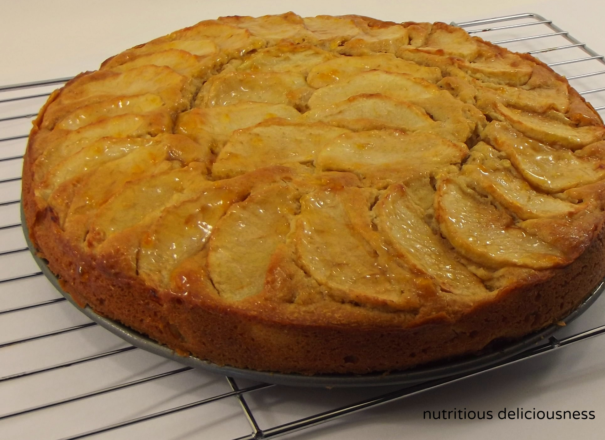 Apple And Sour Cream Flan Cake